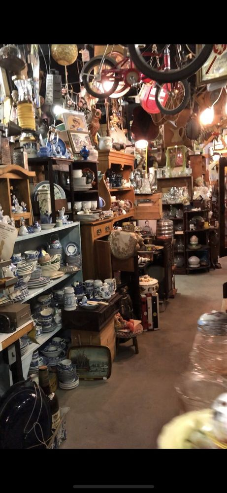 Anything Goes Trading Company: 41 W Baldree Rd, Boaz, KY