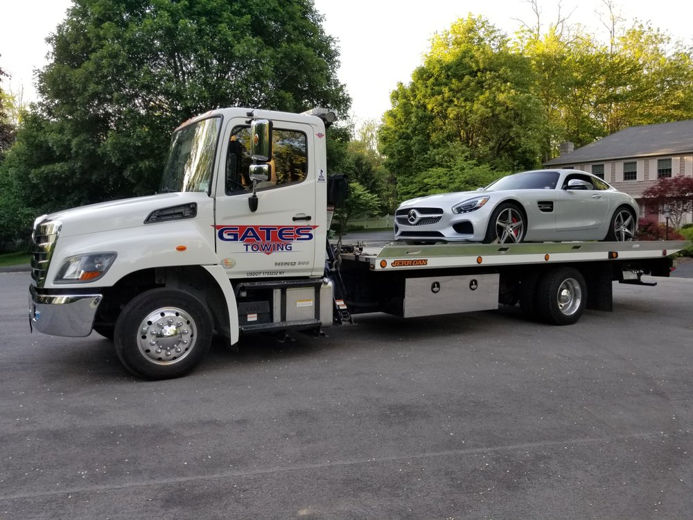 Towing business in Gates, NY