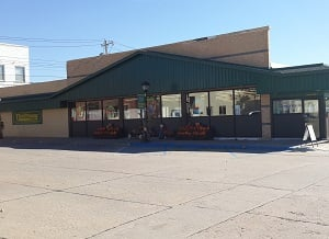 Thriftway Market: 113 W 4th St, Neligh, NE
