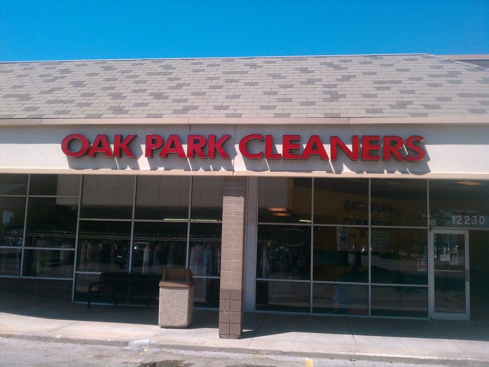 Oak Park Cleaners: 12230 W 95th St, Lenexa, KS