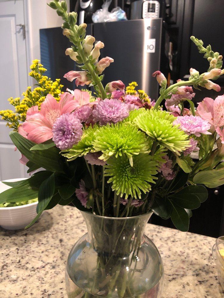 Wildflowers Florist: 620 Main St, Great Barrington, MA