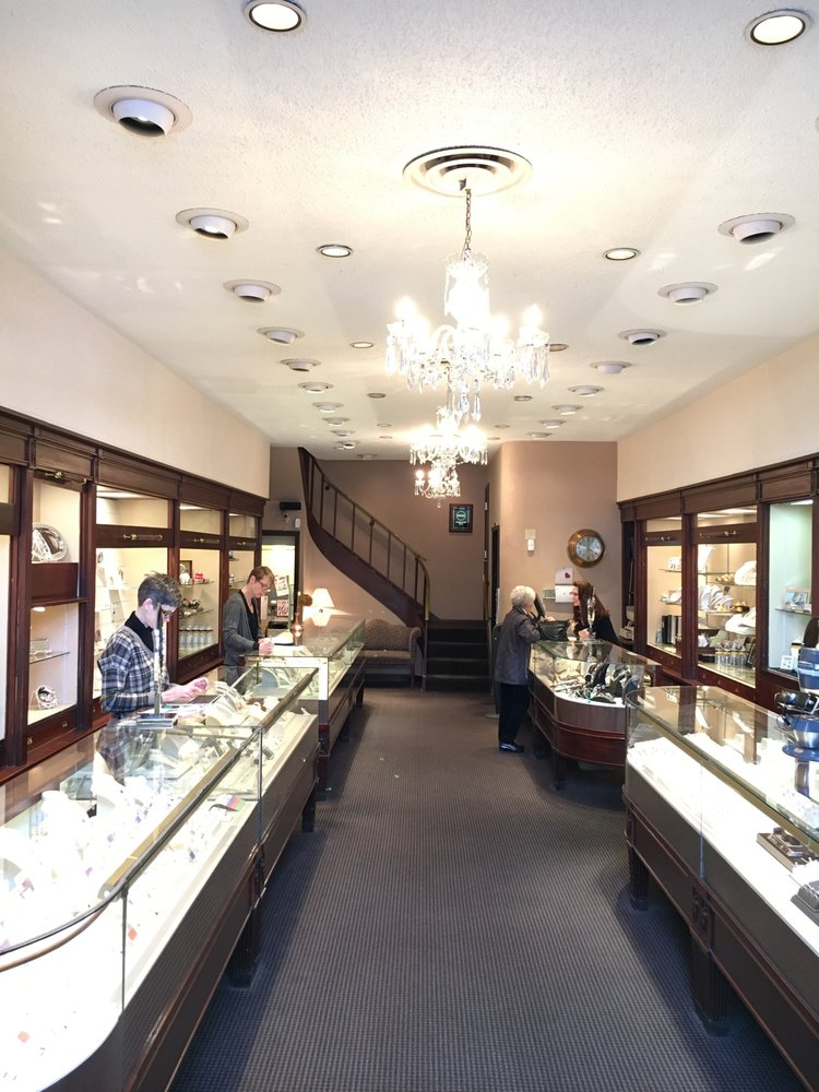Hands Jewelers: 109 E Washington St, Iowa City, IA