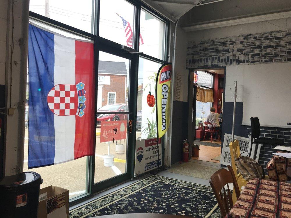 Old Crow Coffeehouse: 2751 Duss Ave, Ambridge, PA