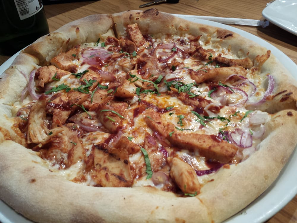 California Pizza Kitchen At Paramus Paramus Nj