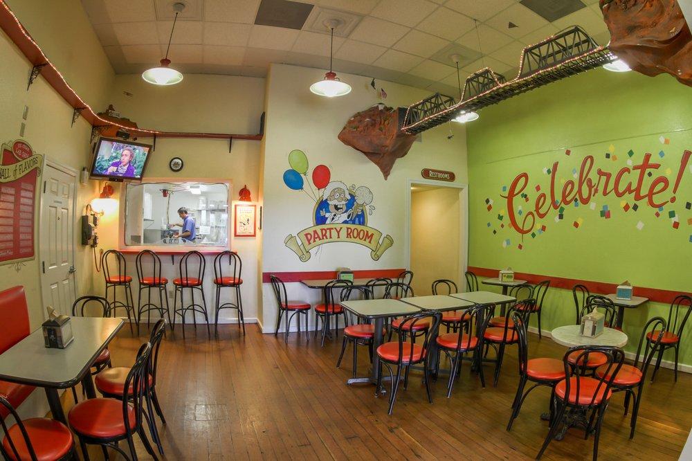 Doc Burnstein's Ice Cream Lab: 114 W Branch St, Arroyo Grande, CA