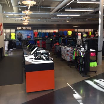 nike outlet hours lubbock texas