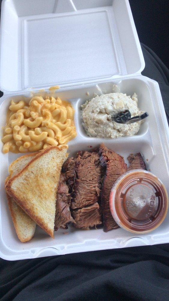 Baker's Ribs: 2711 W Interstate -30, Greenville, TX