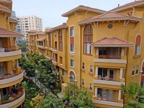 Palazzo East Apartments Apartments - Los Angeles, CA ...