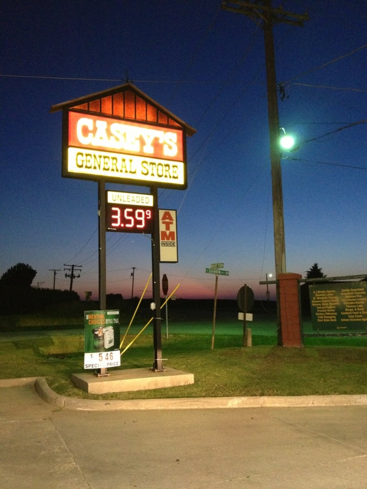 Casey's General Store: 417 W Market St, Shannon, IL