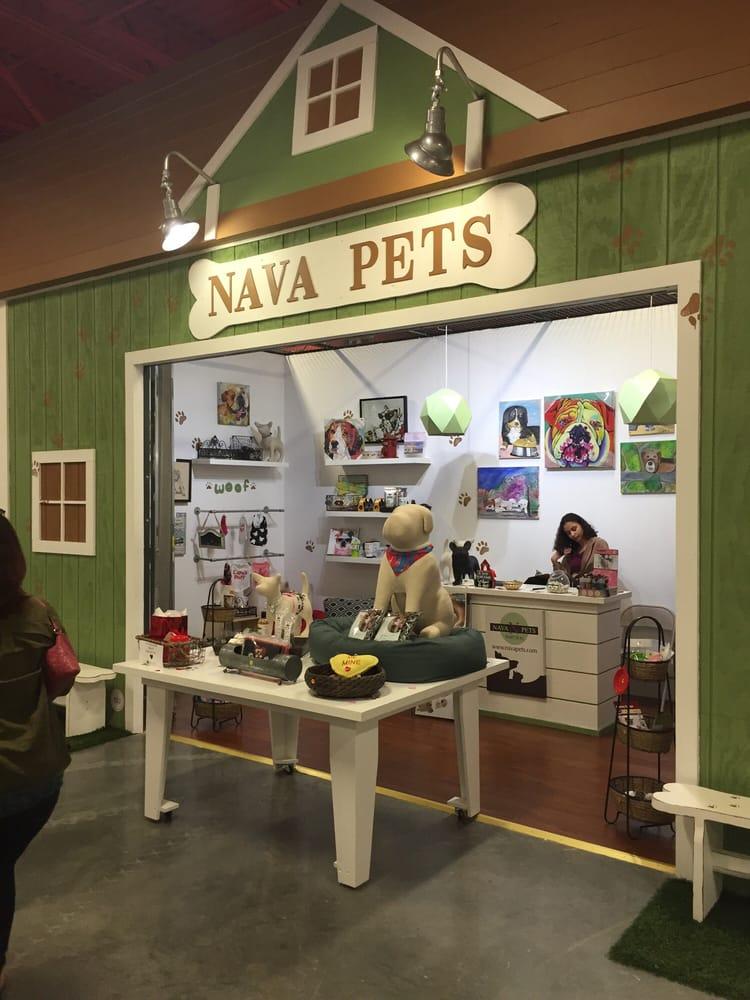 Nava Pets: 5250 International Dr, Orlando, FL