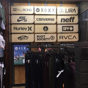 Tilly s - CLOSED - Women s Clothing - 5415 Touhy Ave 7f59aba95f7