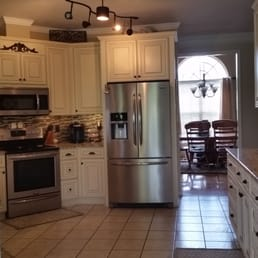 Charmant Photo Of Artistic Kitchens U0026 Design   Augusta, GA, United States