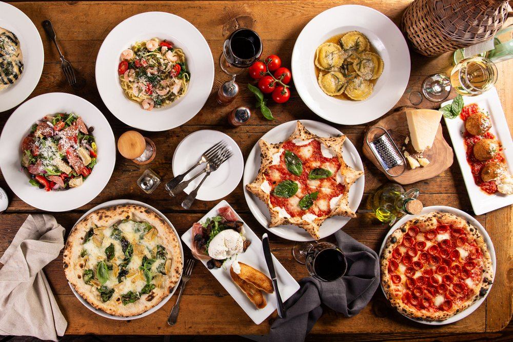 Amalfi Pizza: 17 Andrew Young International Blvd NE, Atlanta, GA