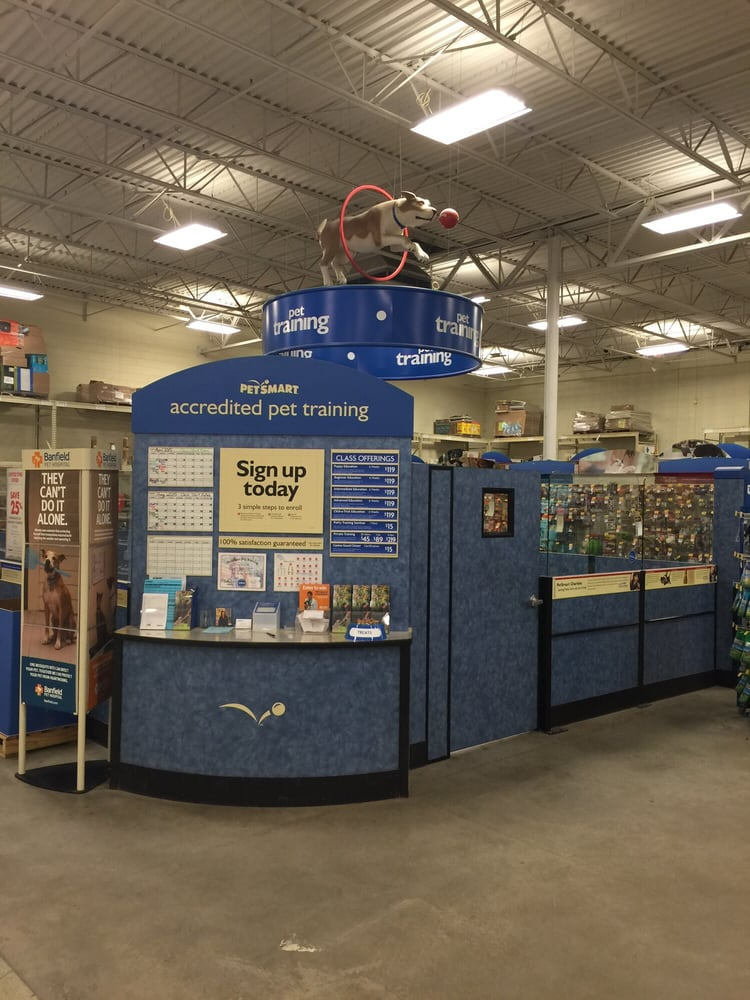 PetSmart: 475 Bank St, Waterbury, CT