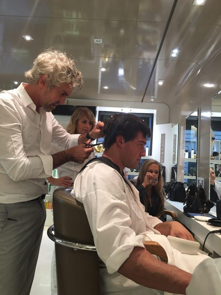 Dessange hair salons 6 rue du chevalier de saint for Dessange hair salon