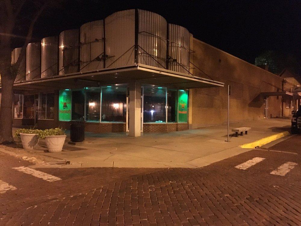 Paradise Lounge: 700 N 2nd Ave, Dodge City, KS