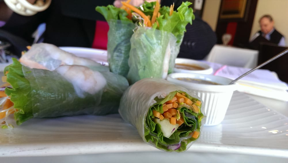 Spring rolls with peanut sauce yelp for Amarin thai cuisine menu