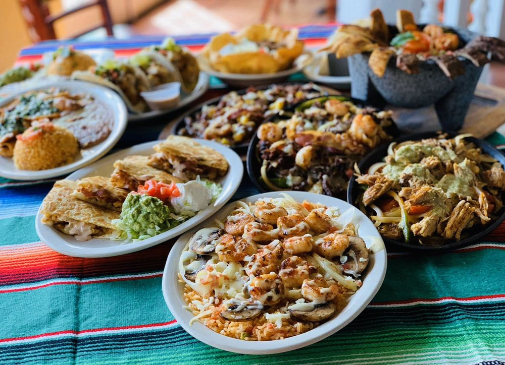 Casa Grande Bar & Grill: 2800 US Hwy 84 E, Cairo, GA