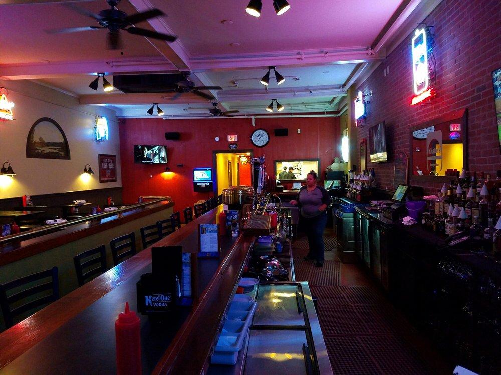 KKatie S Burger Bar 26 Photos 27 Reviews Bars 334 Main St Hyanni
