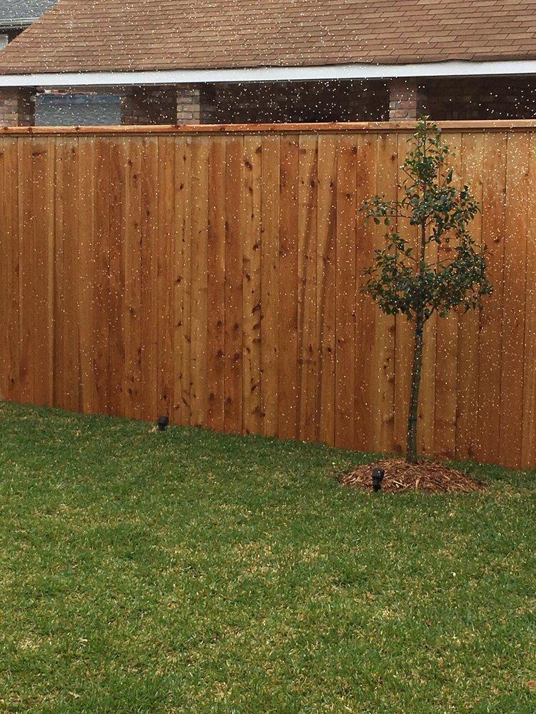 Professional Fence Service: 1021 Hudson St, Kenner, LA
