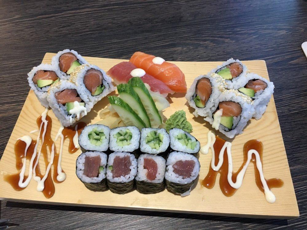 makalu kitchen sushi randstr 111 stellingen hamburg germany restaurant reviews phone. Black Bedroom Furniture Sets. Home Design Ideas