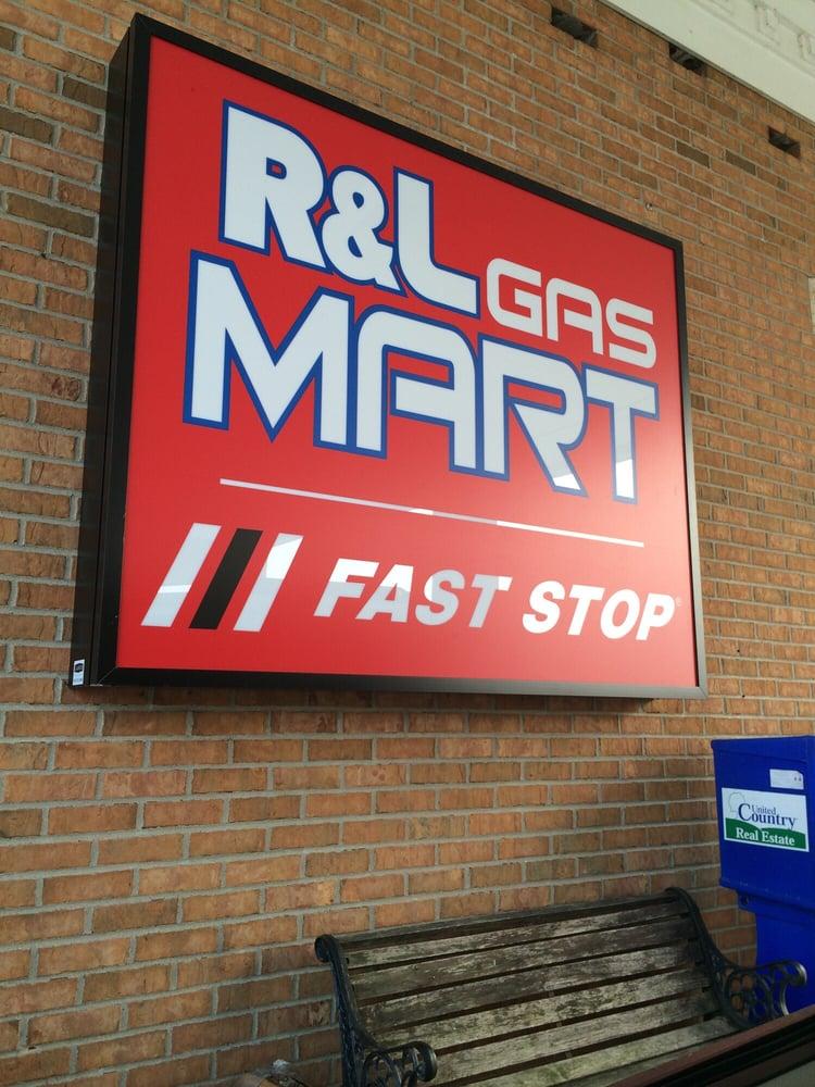 R & L Gas Mart: 9927 Rt 20 W, Galena, IL