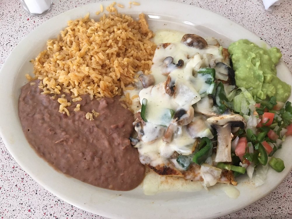 El Corral Mexican Restaurant: 233 N Buffalo Ave, Buffalo, TX