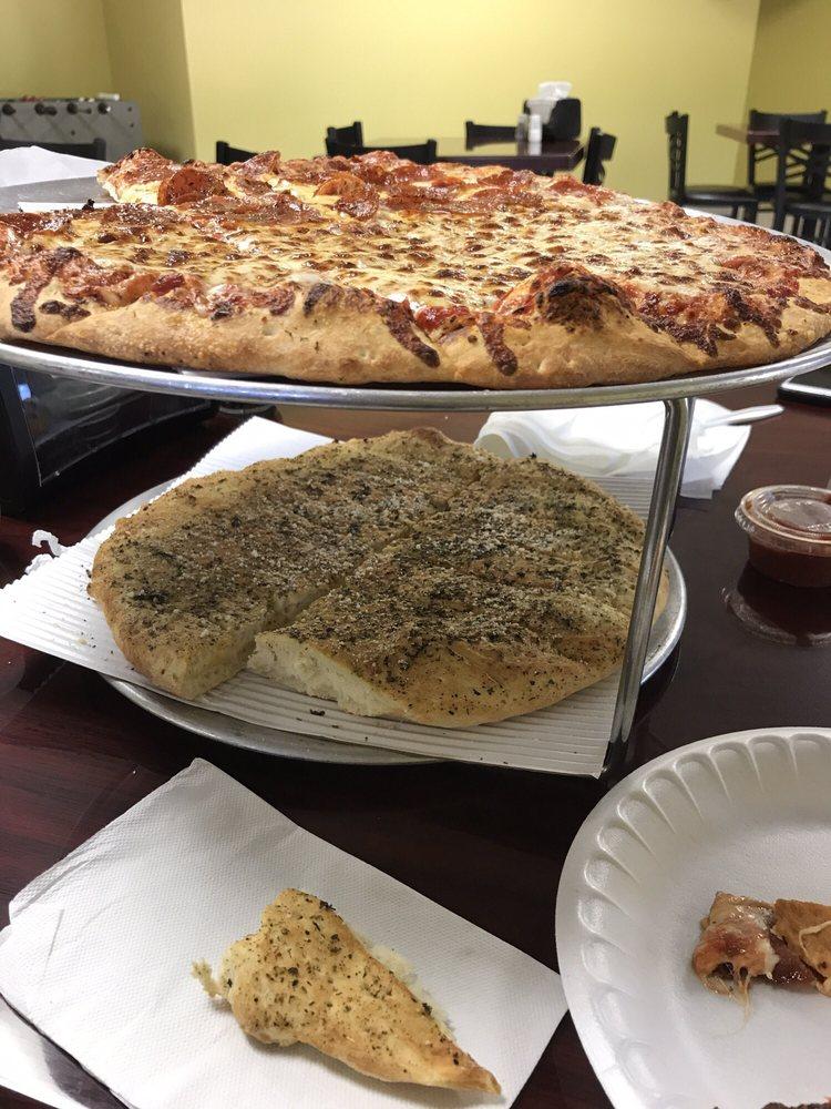 Greek Tony's Pizza & Sub Shop: 17621 174th Ave, Ferrysburg, MI