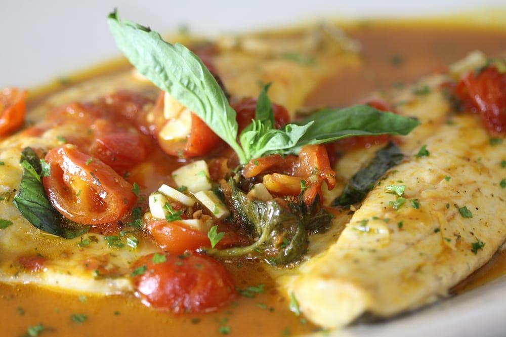 Mama Lisa Restaurant: 1226 Montauk Hwy, Mastic, NY
