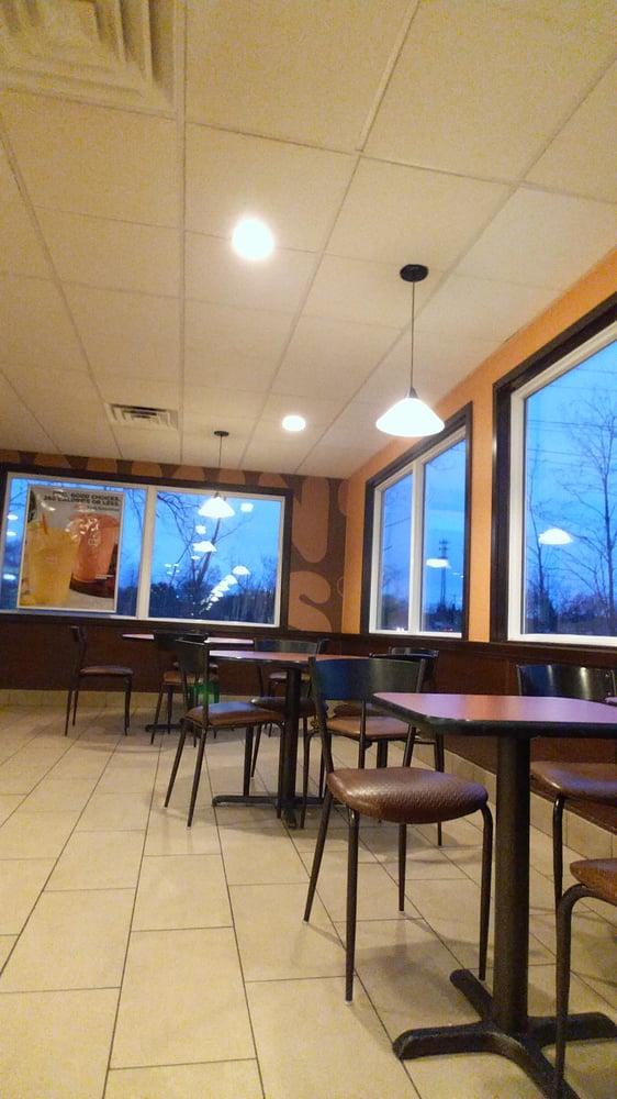 Dunkin' Donuts: 37 State St, Belchertown, MA