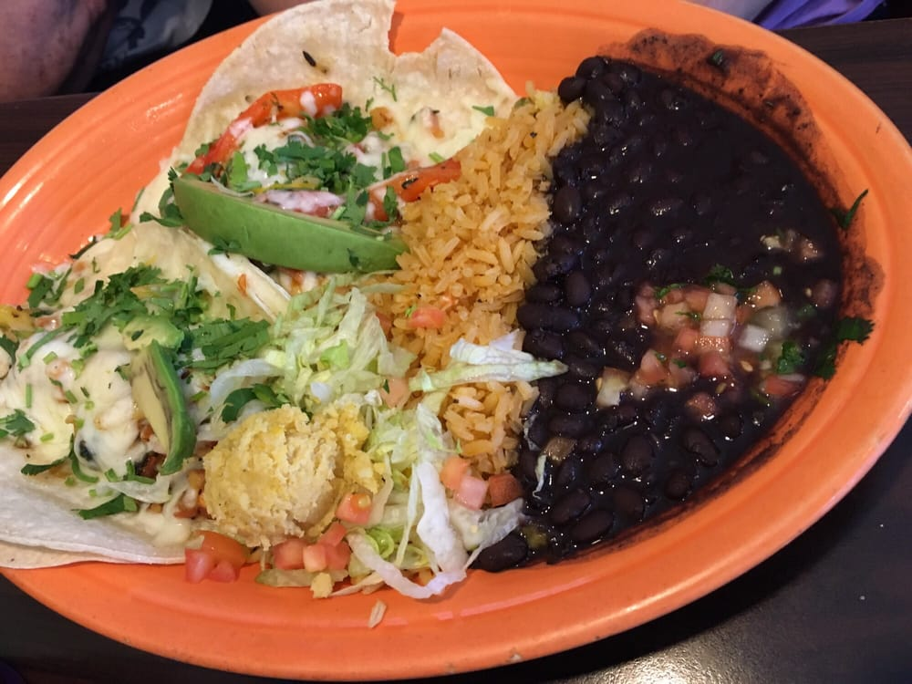 Cilantro's Mexican Bar & Grill: 14440 F St, Omaha, NE