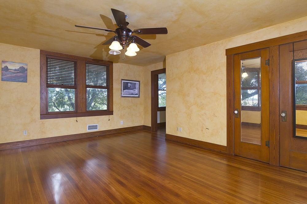 Kelley's Wood Floors: Temple, TX