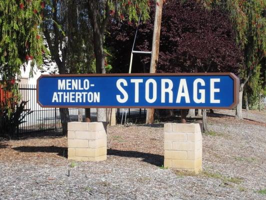 Menlo Atherton Storage Dandk Organizer