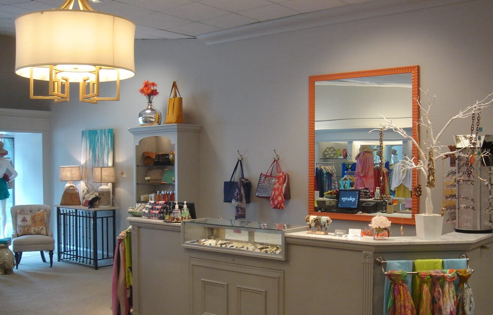 Splurge: 1033 Providence Rd, Charlotte, NC