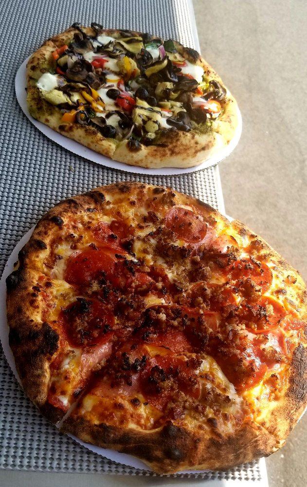 Pi-daho Artisan Pizza: 112 N Spokane St, Post Falls, ID