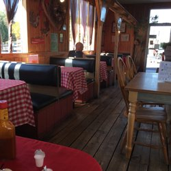 People s choice american new 230 w broadway newport for Dining in newport tn