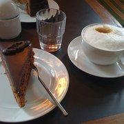Das Kaffeehaus Dallmayr - Desserts - Leipziger Str. 16, Mitte ...
