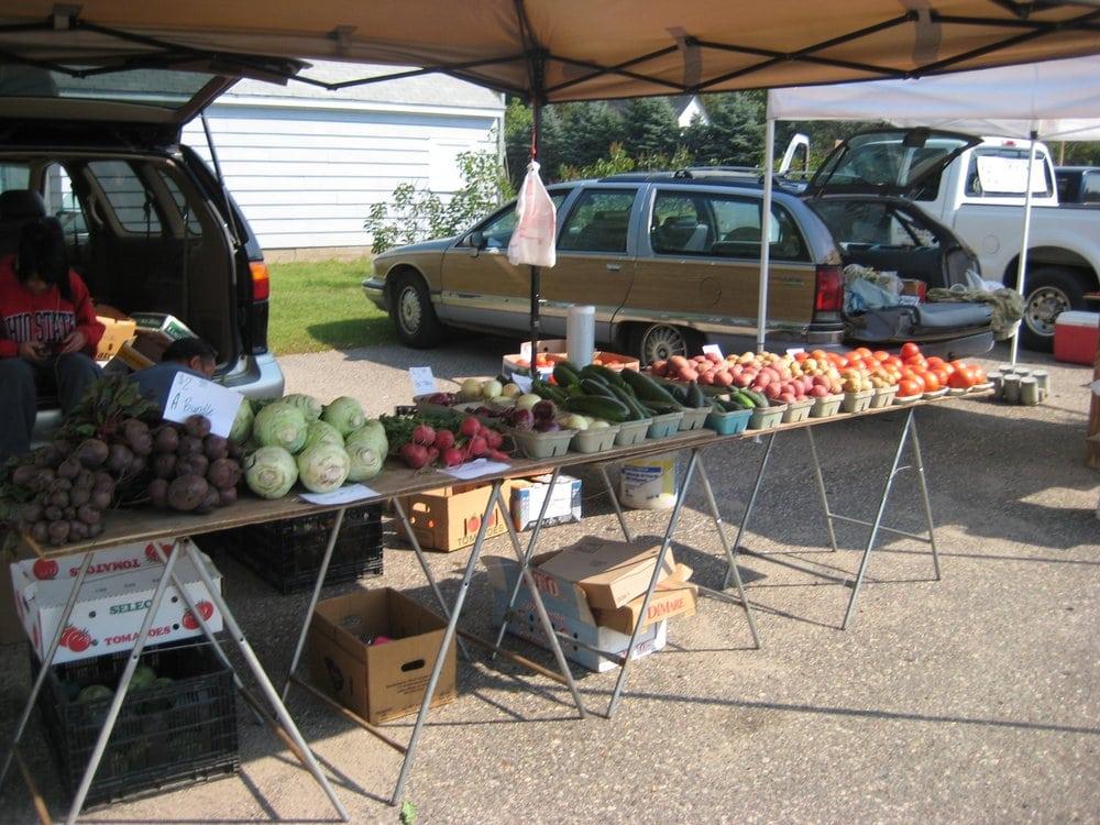 Lindstrom Farmers Market: 13060 Lake Blvd, Lindstrom, MN