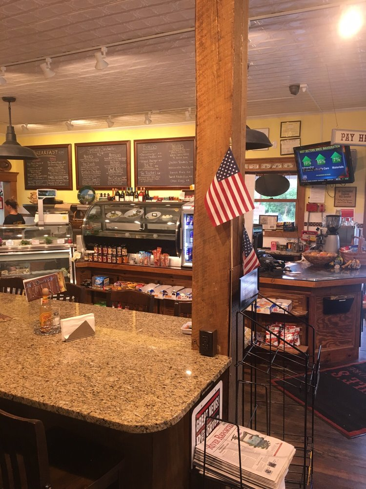 Heinle's General Store: 6 Old County Rd, Cochecton Center, NY