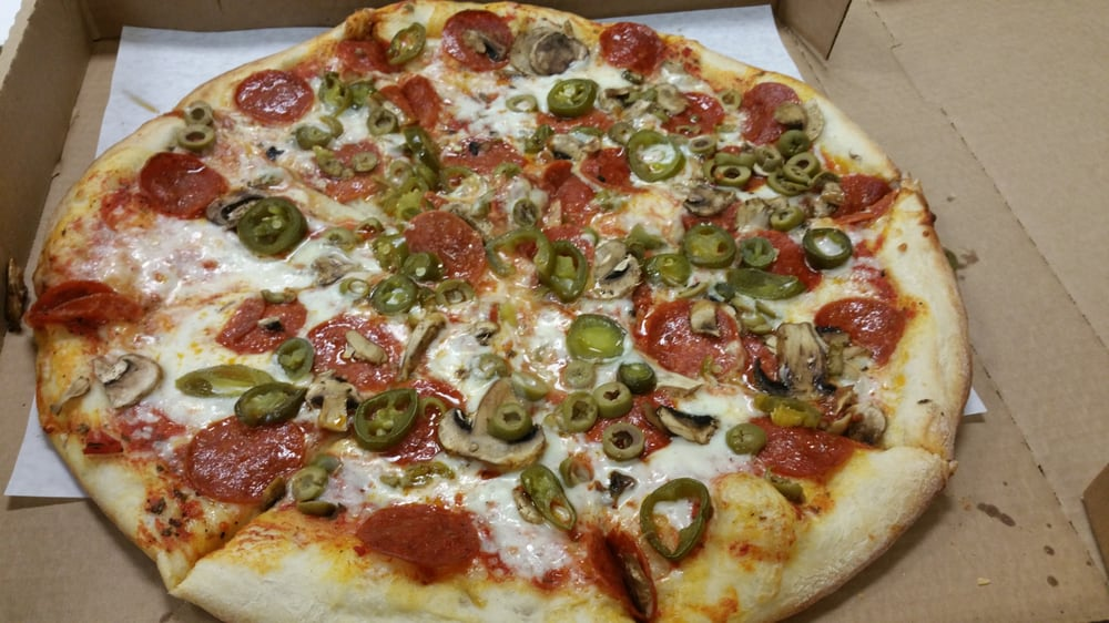 large ny pizza with pepperoni jalapenos mushrooms and. Black Bedroom Furniture Sets. Home Design Ideas