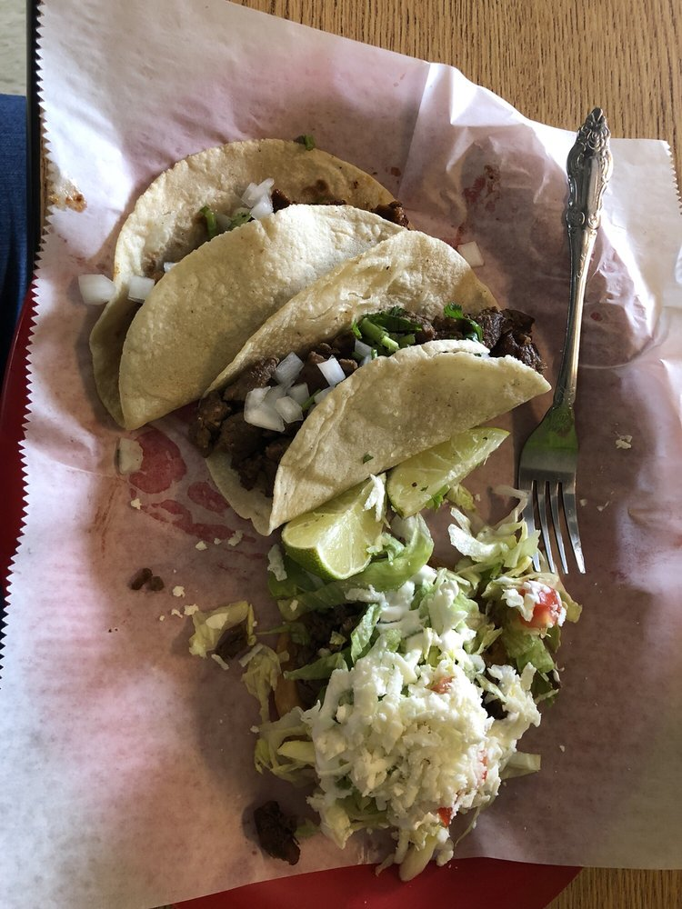 El Jacalito: 708 Southeast Blvd, Clinton, NC