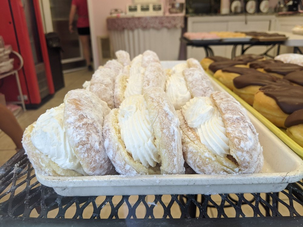 Cathy's 14th Street Bakery: 407A 14th St, Ocean City, NJ