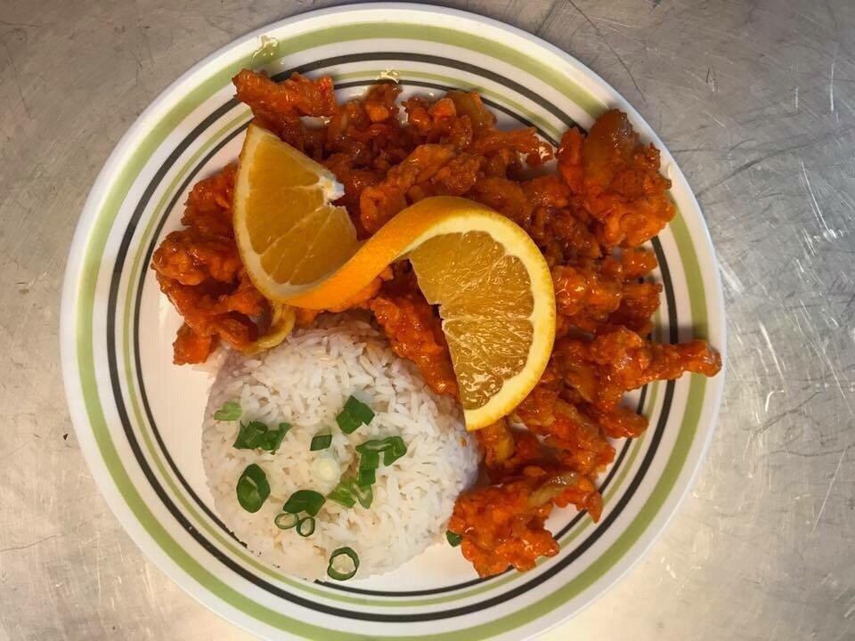 Aj's Thai Cuisine: 211 S Hwy 71 E, Mansfield, AR