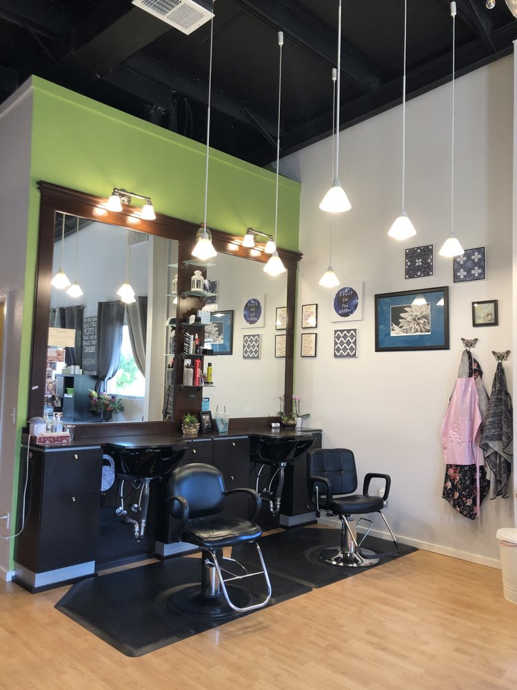 The Salon: 13965 NW Main St, Banks, OR
