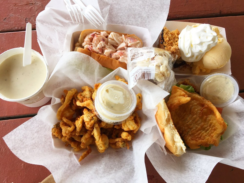 Day's Crabmeat & Lobster: 1269 US Rte 1, Yarmouth, ME