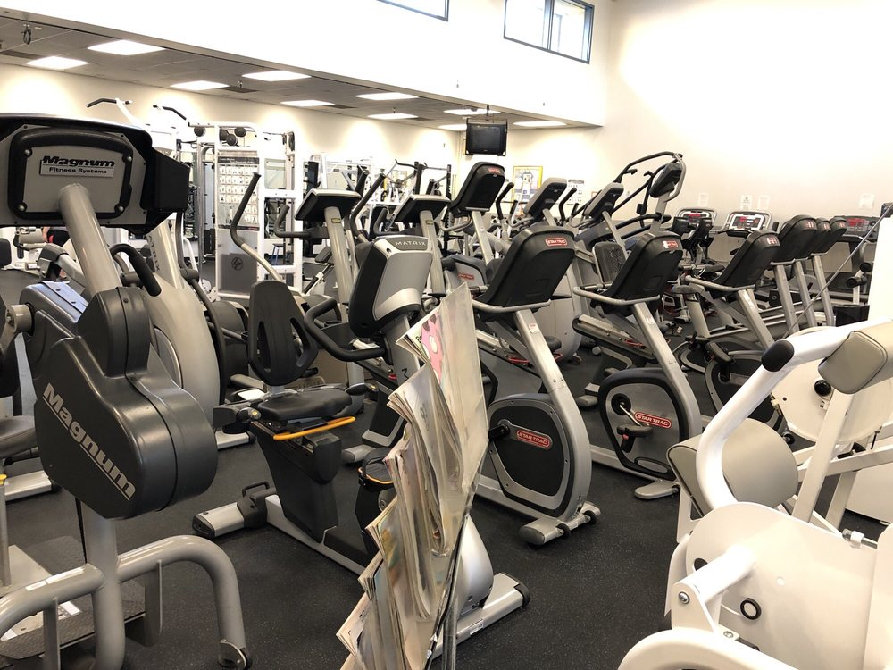 large group of fitness machines