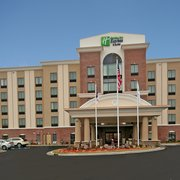 Photo Of Holiday Inn Express Suites Hope Mills Fayetteville Arpt