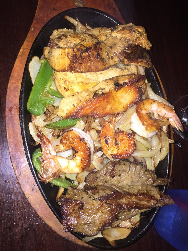 Jhonny's Mexican Restaurant: 3999 Parker Rd, St Paul, TX