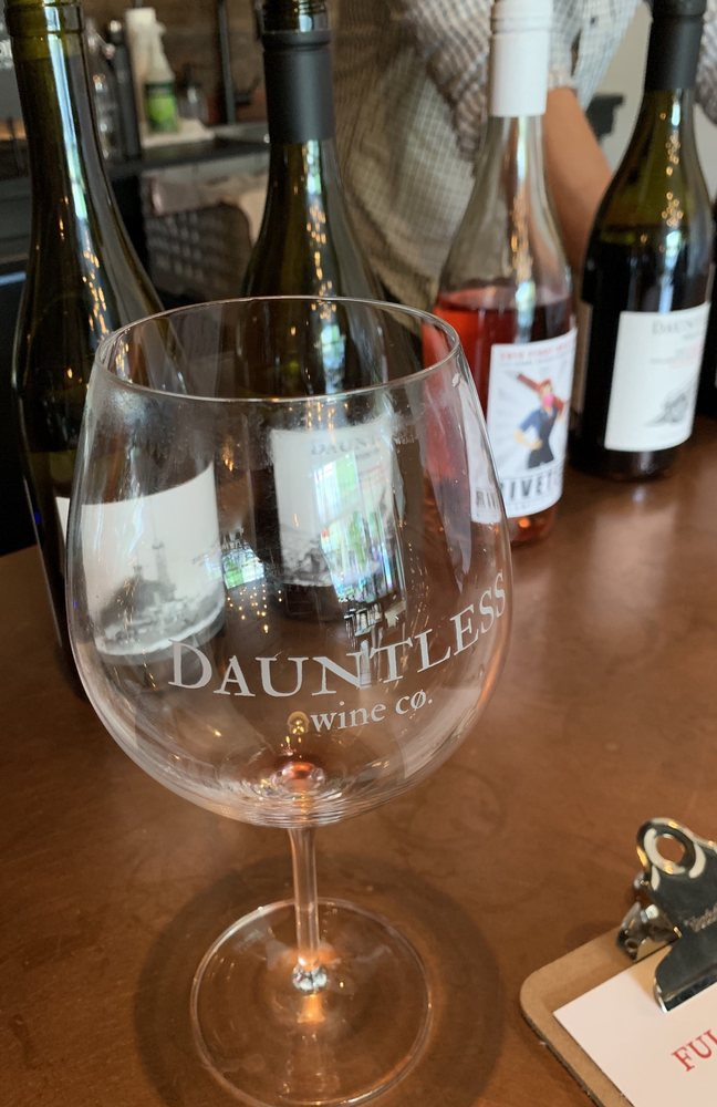 Social Spots from Dauntless Wine Cømpany