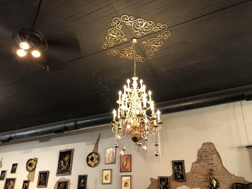 Mama Loca's Cafe and Cantina: 111 W Main St, Ash Grove, MO